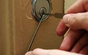 Door locks Banbury